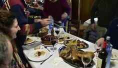 Cocido épico en Casa Guillermo (A Fonsagrada) Coco, Table Settings, Gastronomia, Place Settings