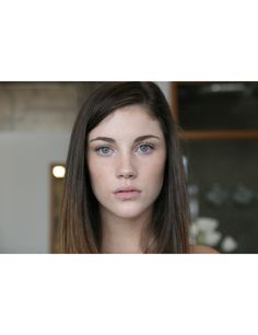 Images of human faces. Anna Speckhart, Grace, Face Hair, Look In The Mirror, Female Characters, Pretty Face, Beauty Women, Brown Hair, Brows
