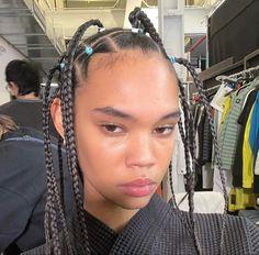 new york, aesthetic, model, modeling, runway, high fashion, backstage, fashion show, jordan daniels Natural Glowy Makeup, Models Backstage, Black Girl Fashion, High Fashion, Pretty Face, Hair Inspo, Hair Goals, Pretty People, Beautiful People