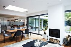 glass extension dining area, I find this too bold, so moving away from dark frame windows