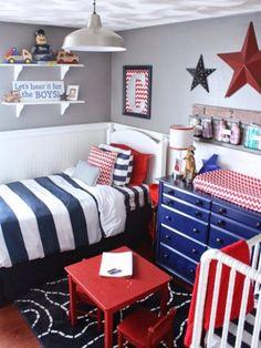 Сине-красная детская комната