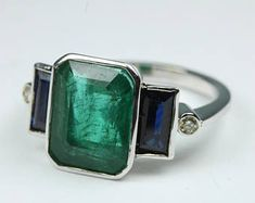 Art Deco Style 9ct White Gold Emerald, Sapphire and Diamond Ring Size: P-7 1/2