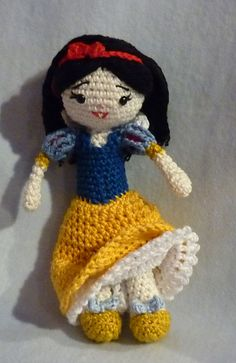 Ravelry: Snow White pattern by Akinna Stisu