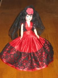 2 Plastic Vintage Dolls - Blue Bonnet & Reddi-Wip