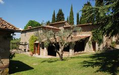 Located in a medieval hamlet in Chianti, this secluded 6 bedroom villa has a pretty garden & private pool, with wonderful views of the surrounding countryside. Private Pool, Luxury Villa, Pergola, Villas, Outdoor Structures, Villa Tuscany, Mansions, House Styles, Garden