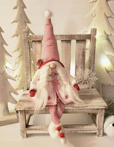 Christmas Diy And Crafts, Christmas Crafts, Arts And Crafts, Christmas Decorations, Christmas Ornaments, Holiday Decor, Holiday Ideas, Christmas Gnome, Christmas Stockings