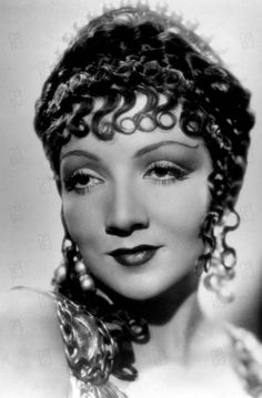 Claudette Colbert as 'Cleopatra' - 1934 - Cleopatra - Costume by Travis Banton - Photo by Cecil B. DeMille - @~ Mlle