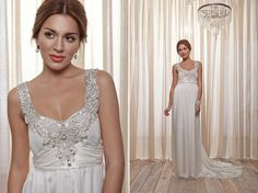 Anna Campbell's Belle Ivoire off the rack collection debuted earlier this month and with each piece comes the signature Anna Campbell Grecian draping, sparkling beading and incredible fabrics