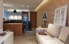 Decoração de: Sala de estar; mesa de madeira; Casa de Valentina