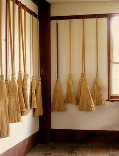 Shaker brooms- cleaning out soul symbolism, detritus, note floating position off the floor Brooms And Brushes, Whisk Broom, Shaker Furniture, Shaker Style, Displaying Collections, Country Primitive, Wabi Sabi, Decoration, Wicker