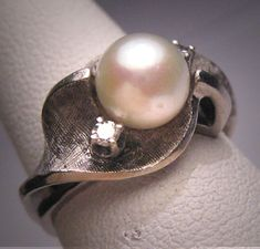 Antique Pearl Diamond Wedding Ring White Gold 14K Retro Art Deco 1950.  Antique vintage, estate jewelry, white gold, fine jewelry, engagement ring, mine diamond, akoya pearl, bridal set, eco friendly.  Offered by Aawsomblei antique jewelry.