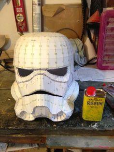 Stormtrooper Helmet ( on a Budget) : 7 Steps - Instructables Costume Tutorial, Cosplay Tutorial, Star Wars Crafts, Star Wars Art, Pepakura Helmet, Felt Crafts, Paper Crafts, Diy Crafts, Storm Trooper Costume