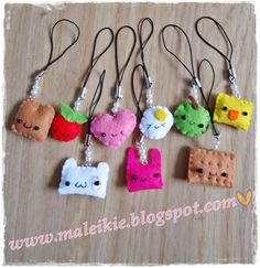 DIY Kawaii keychains from the cutie blog maleikie.blogspot. . I winky, puffy heart them.