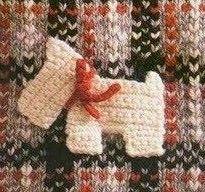8 applications crochet scottie dog ♥ plus lots of graphs for scarves, hats & hearts Cute Crochet, Crochet Crafts, Crochet Yarn, Crochet Toys, Crochet Projects, Crochet Motifs, Crochet Diagram, Crochet Patterns, Crochet Appliques
