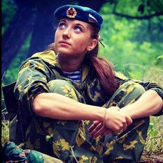 Russian VDV pc: @russia_19the91_motherland… Idf Women, Military Women, Women Be Like, Real Women, Outdoor Girls, Warrior Girl, Warrior Women, Girls Uniforms, Russian Beauty