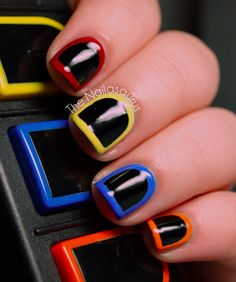 This ode to Guitar Hero: | 25 Gloriously Geeky Nail Art Tutorials
