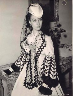 """Costume designed by Walter Plunkett for Vivien Leigh in """"Gone with the Wind"""" (1939)."""