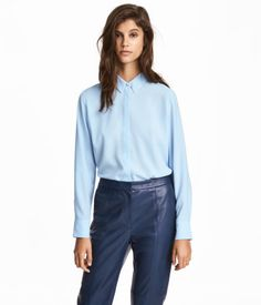 SALE - Shirts   Blouses - Shop Women s clothing online   H M US 63cdf9ddd8