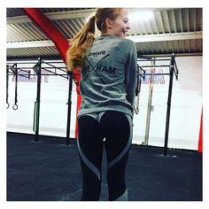FRIYAY - put your heart butts on and look fab like @helen_rhill ❤️👌🏻 #akaFit #itsalifestyle #lookfitgetfitbefit #bodylove - Wearing: 'Joshua Heart Butt Leggings' --- www.akafit.co.uk