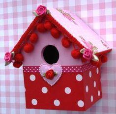 Vogelhuisje rood/roze