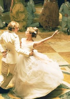 Perfect waltz (Anne Karenina)