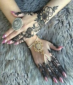 Top Best Party Mehndi Designs Henna Mehndi and Tattoos for Parties and Brid… – Henna 2020 Henna Hand Designs, Mehndi Designs Finger, Wedding Henna Designs, Peacock Mehndi Designs, Indian Henna Designs, Latest Henna Designs, Mehndi Designs Book, Modern Mehndi Designs, Mehndi Designs For Fingers