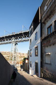 Oh!Porto Apartments /Nuno de Melo e Sousa + Hugo Ferreira Arquitectos