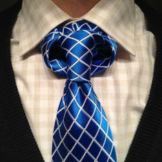 How to tie the Linwood Taurus necktie knot video