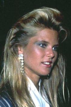 Christie Brinkley - wow that 80's hair & makeup