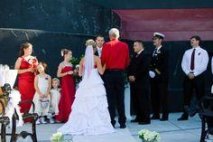 http://www.titanicpigeonforge.com/titanic-weddings/titanic-pigeon-forge-weddings.php