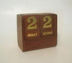 Vintage Wood Block Perpetual Calendar
