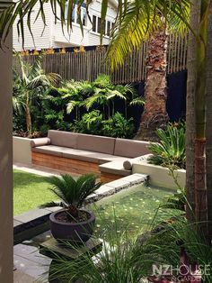 Steal these cheap and easy landscaping ideas​ for a beautiful backyard. Get our best landscaping ideas for your backyard and front yard, including landscaping design, garden ideas, flowers, and garden design. Sloped Backyard, Sloped Backyard Landscaping, Garden Seating, Small Backyard, Garden Architecture, Front Yard Landscaping, Bali Garden