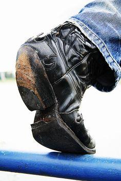 #cowboy #boots #jeans