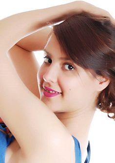 ArabianDate offers a thrilling companionship with romantic and caring women from abroad.
