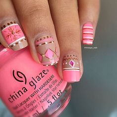 It's a 'Shocking Pink' Christmas! @mvargas_nails kept her mani warm and cozy with this sweater inspired mani!
