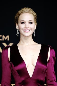 Jennifer Lawrence attends the world premiere of the film 'The Hunger  Games: Mockingjay - Part 2' at CineStar on November 4, 2015 in Berlin,  Germany.