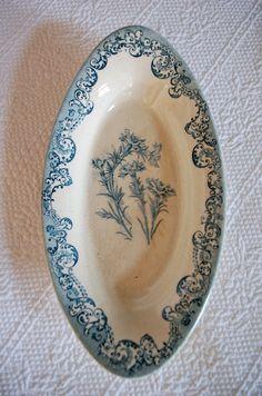 brocante vintage plate vintage sauceboat, vintage bowl retro plate vintage old plate Dinner set with a blue pattern