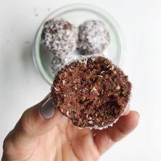 Chocolate Coconut Bites | twist of lemons | Bloglovin'