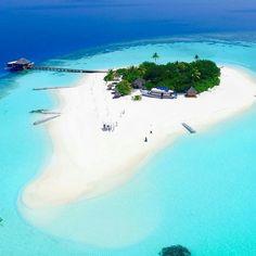 Lonubo Island #Maldives #VisitMaldives #shimonfly