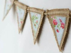 Want more burlap decor ideas? Make your own bunting or garlands with burlap. Burlap Projects, Burlap Crafts, Fabric Crafts, Craft Projects, Sewing Projects, Diy Crafts, Craft Ideas, Burlap Bunting, Bunting Garland