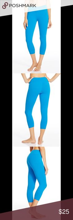"Fabletics Salar Capri in Tropical Blue medium/8 From the Fabletics website: ""Turning up the resistance? No problem. Make every move easier in our best-selling bottoms. Its moisture-resistant features and cropped length are ideal for all workouts."" Size medium/8. Brand new with tags in original packaging.  **I am currently on vacation so any purchases made this week will not be shipped until June 3, 2017.** Fabletics Pants"