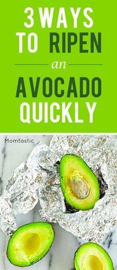 Crazy Ways to Ripen Avocado Quickly That Totally Work 3 genius ways to ripen an avocado genius ways to ripen an avocado quickly Healthy Snacks, Healthy Eating, Healthy Recipes, Healthy Tips, How To Ripen Avocados, Cooking Tips, Cooking Recipes, Gastronomia, Avocado