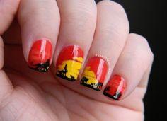 Lion kings horizon nails... I think this is soooo cool!