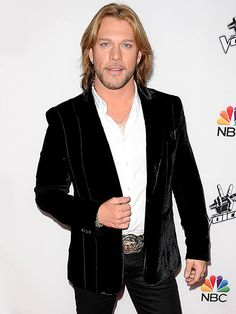 The Voice Winner Craig Wayne Boyd Makes History with New Single http://www.people.com/article/the-voice-winner-craig-wayne-boyd-tops-charts