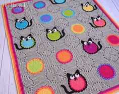 *********** This listing is for a CROCHET PATTERN in PDF format. *********** Every life should have 9 cats....Meow! Finished blanket shown measures