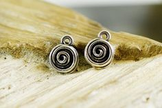 Spiral Drop Charms 8mm, Circle of life Charms, Swirl Charms, Antique Silver Shell Small Medallions, Ethnic Tribal Boho Charms, 10 pieces