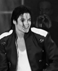 He is too perfect! You give me butterflies inside Michael... ღ https://pt.pinterest.com/carlamartinsmj/