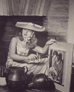 Co — Tamara de Lempicka in Beverly Hills, 1941 in New. Art Deco Artists, Artist Art, Artist At Work, Tamara Lempicka, Isadora Duncan, Estilo Art Deco, People Of Interest, Portraits, Tumblr