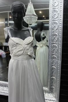 Anna Campbell - New, Casey 22 Crepe Size 10 Wedding Dress For Sale | Still White Australia