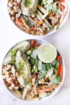 pad thai kelp noodles on Clean Food Dirty City